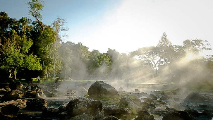 Chae Son National Park in Lampang (video)
