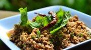 Pas op met rauw eten in Thailand