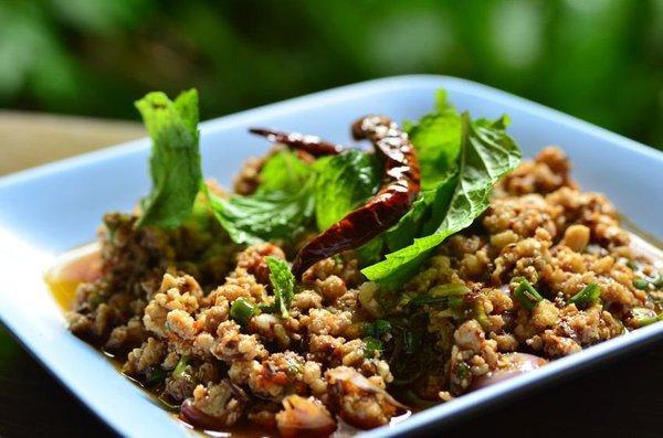 rauw eten in Thailand
