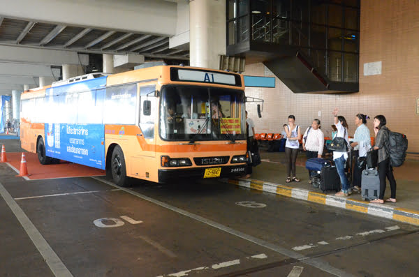 shuttlebus van Suvarnabhumi Airport naar Khao San Road