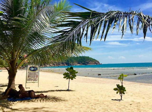 prachtige stranden van koh phangan