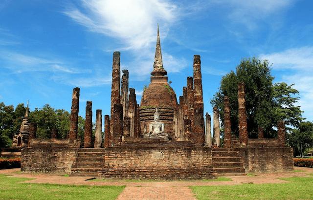 De tempelruïnes van Sukhothai (video)