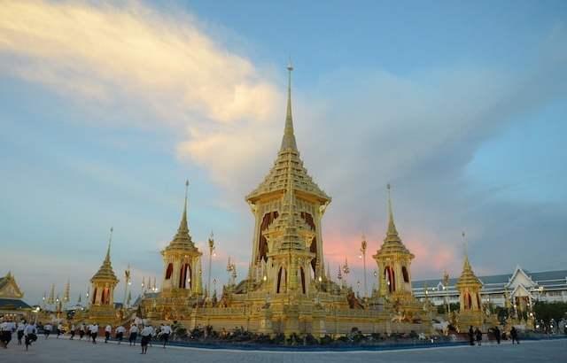 Uitvaart koning Bhumibol Adulyadej in beeld en geluid