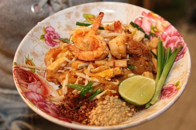 toeristen houden van pad thai