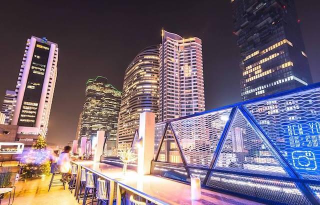 CLOUD9 Casual Rooftop Bar: nieuw in Bangkok