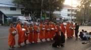 Monnikenwandeling in Chiang Mai: waar moet je zijn?