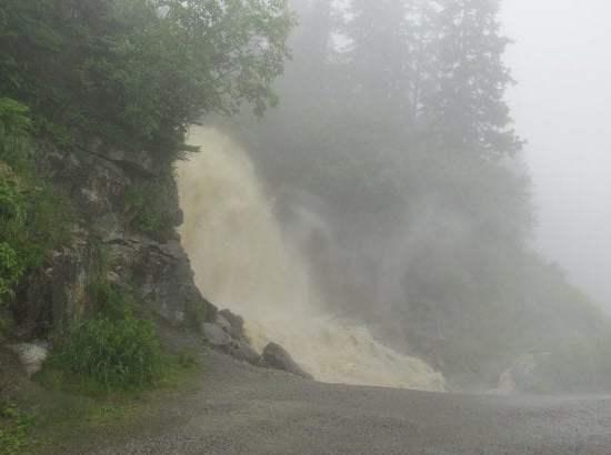 Ruim 40 watervallen in Thailand gesloten