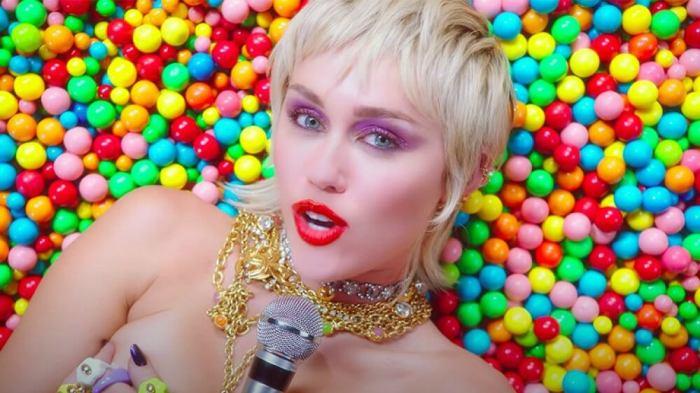 Miley Cyrus 2020