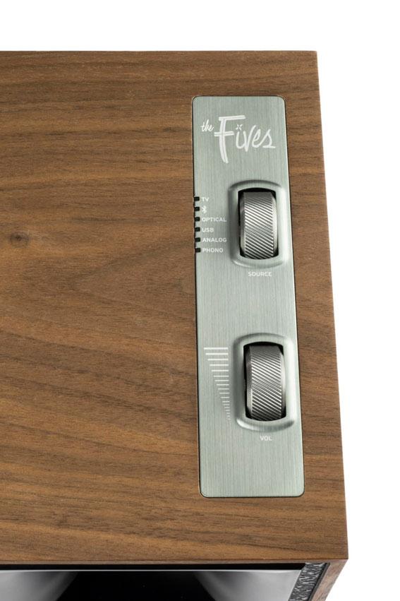 Klipsch The Fives Powered Monitors Active Wireless Speaker 07