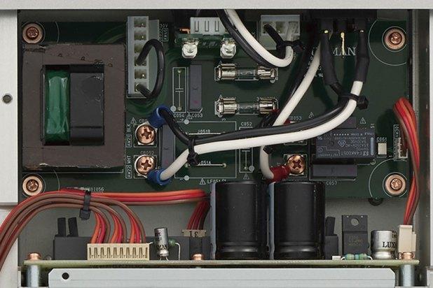 Luxman D 10X Super Audio CD Player 09