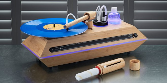 Keith Monks Prodigy Record Cleaning Machine