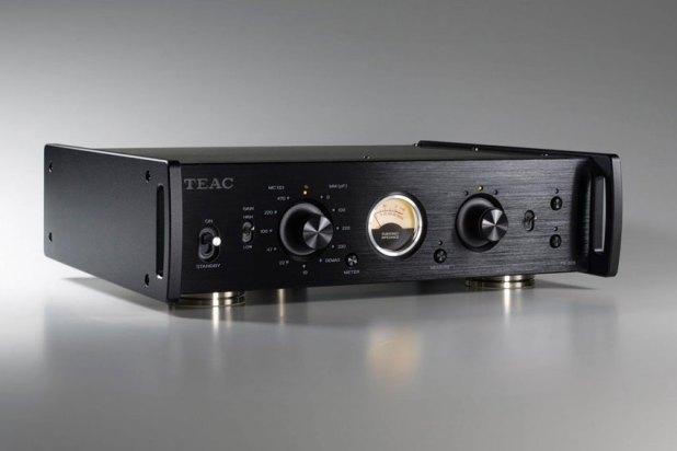 Teac PE 505 Fully balanced Phono Amplifier 02