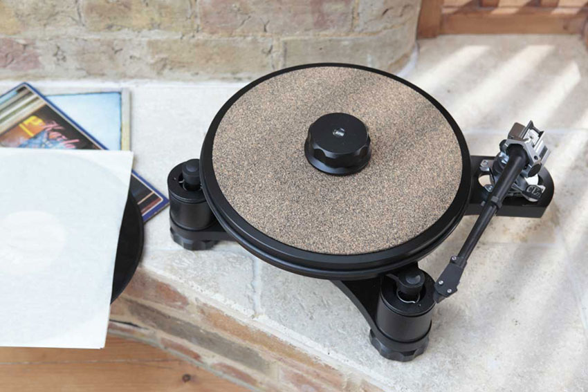 AVID Sequel SP Turntable Review 01