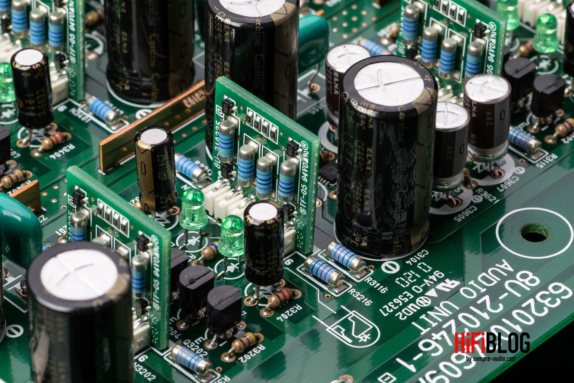 Marantz Model 30 Integrated Amplifier and SACD 30n Network SACD Player 21