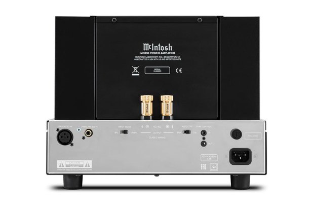 McIntosh MC830 1 Channel Solid State Amplifier 09