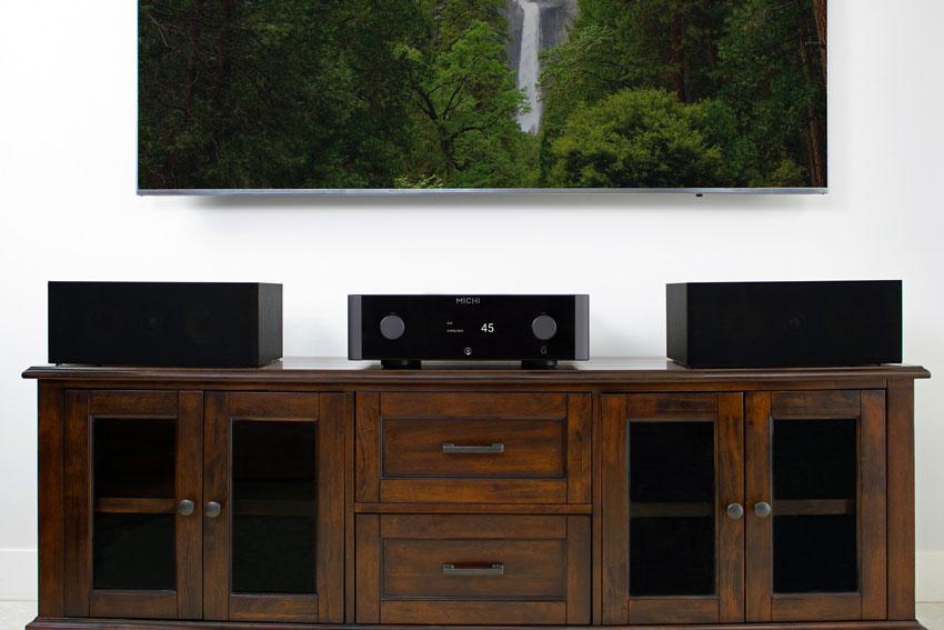 Rotel MICHI X3 Integrated Amplifier and Rotel MICHI X5 Integrated Amplifier 02