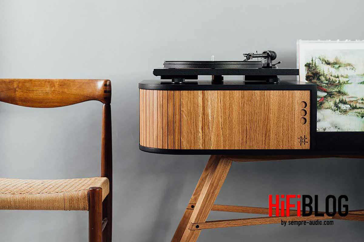 HRDL The Vinyl Table 02