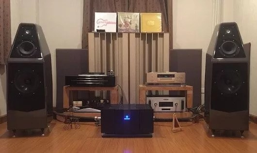 Wilson Audio Sophia 3 et Karan KAS 450 / Préampli Audio Research REF3