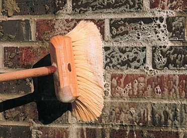 CLEANING BRICK SLIPS