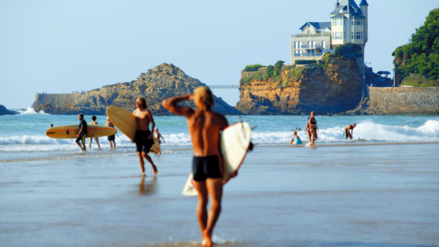 Some fellow surfers on St-Jean-de-Luz beach