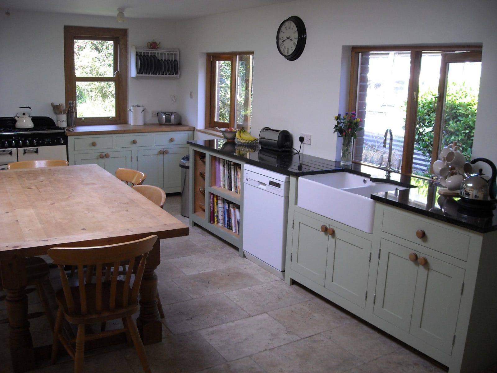 free standing kitchens wallpaper for kitchen backsplash curdridge higham furniture freestanding