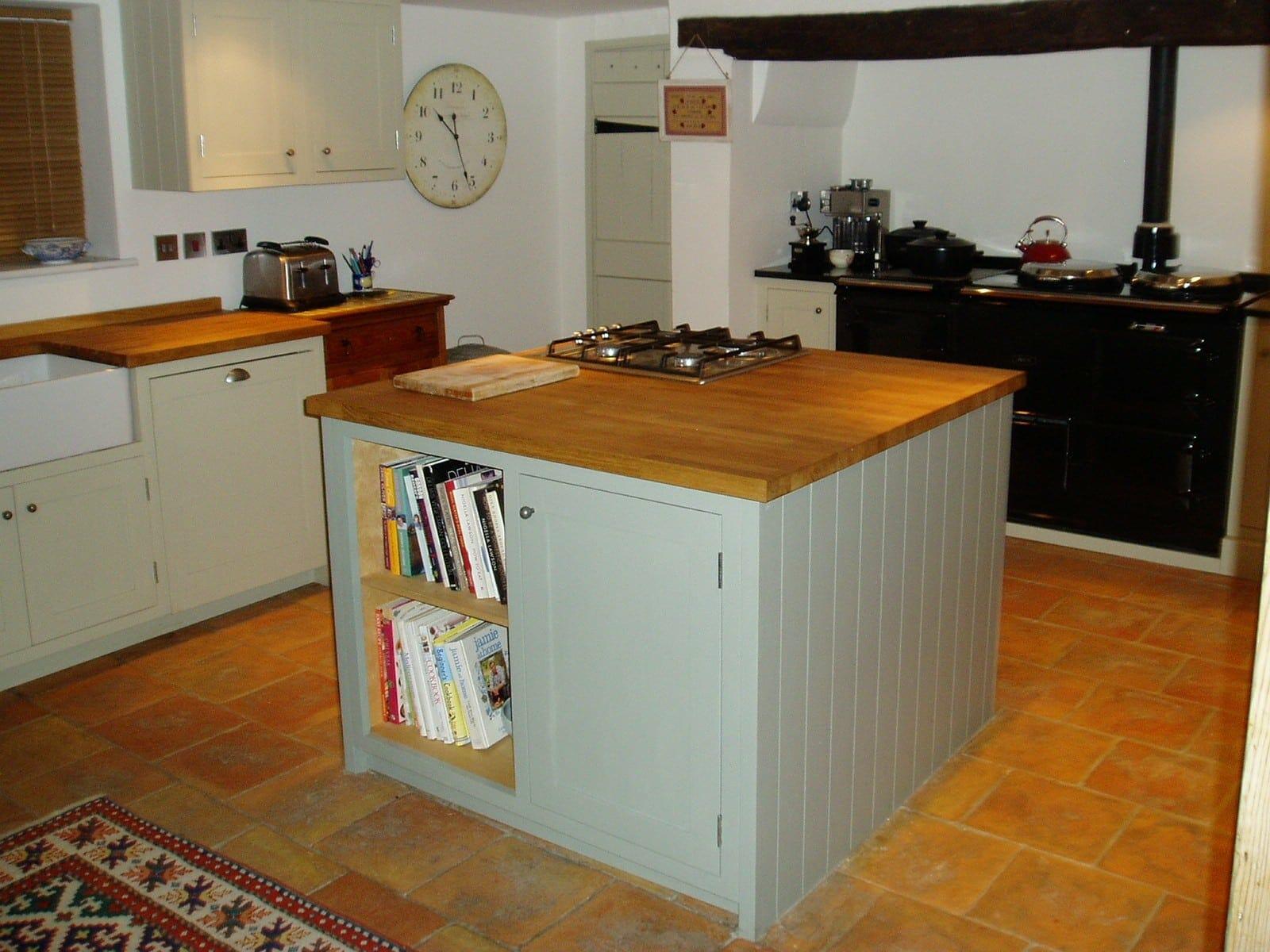 Huntingdon Cambridgeshire Painted and Oak Shaker Kitchen