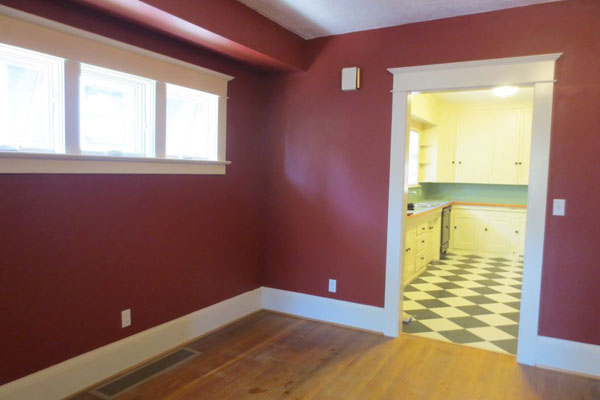 4219-SE-Clinton-St–dining-room-and-kitchen