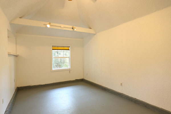 1405-NE-79th-Ave–playroom