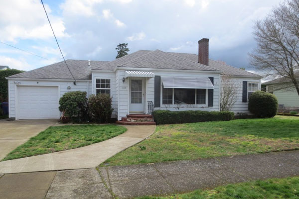 3536-SE-76th,-FosterPowell-Traditional-yard5