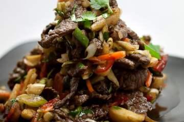 Vietnamesischer Rindfleischsalat mit Birnen