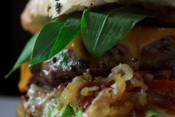 the-bears-burger-baerlauchburger