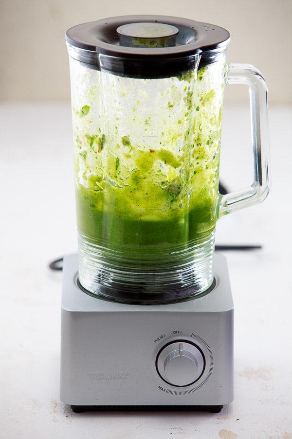 gruener-smoothie-turmix-mixer-2