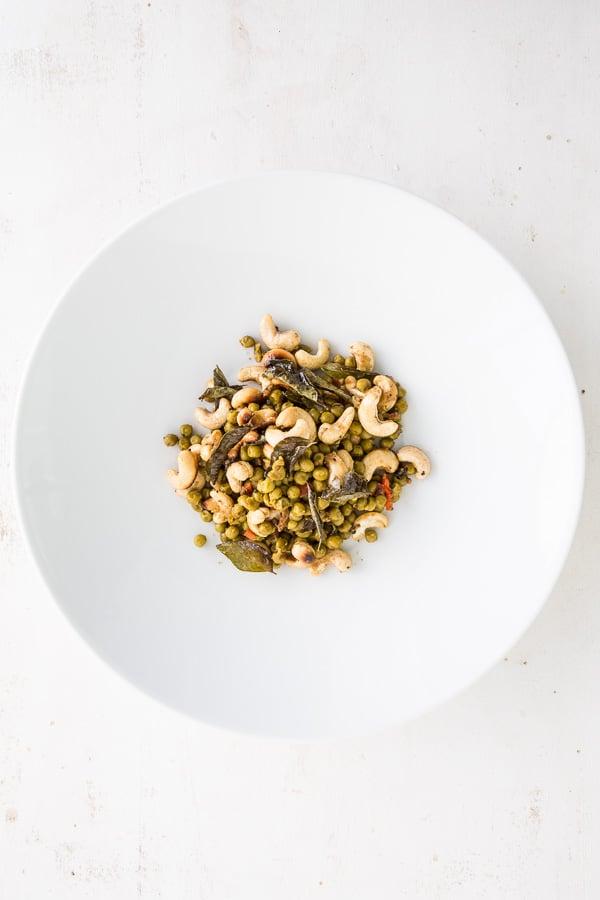 Cashew-Erbsen-Curry