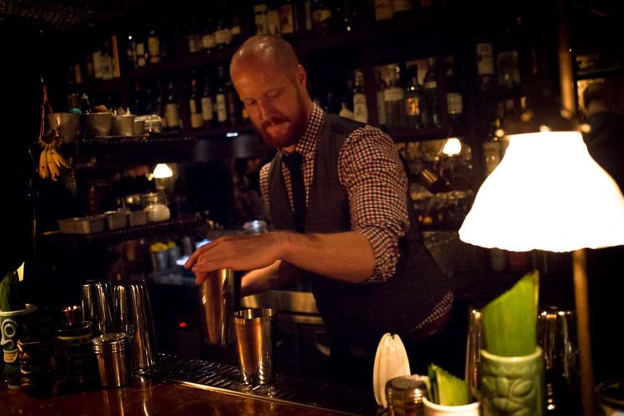 Adam, Bar(t)chef