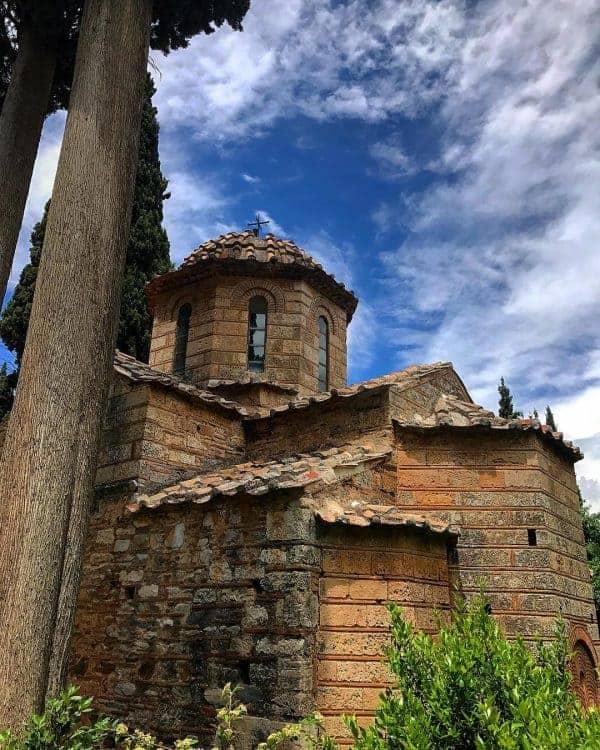 Hikes in Athens: Kaisariani Monastery