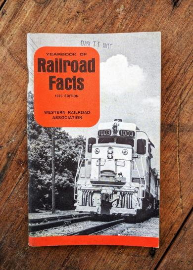 Yearbook of Railroad Facts 1970 Edition