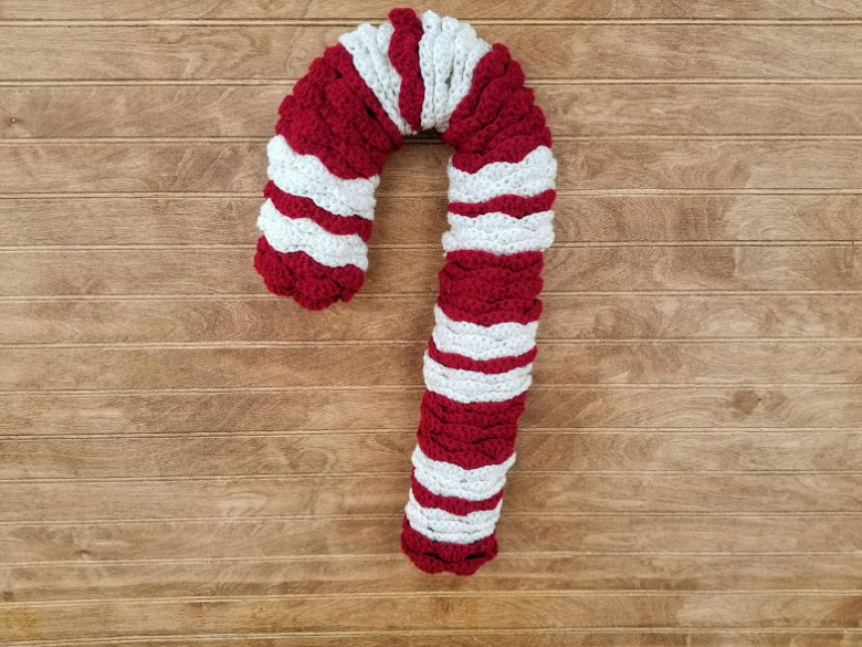 Candy Cane Wreath Highland Hickory Designs Free Crochet Pattern
