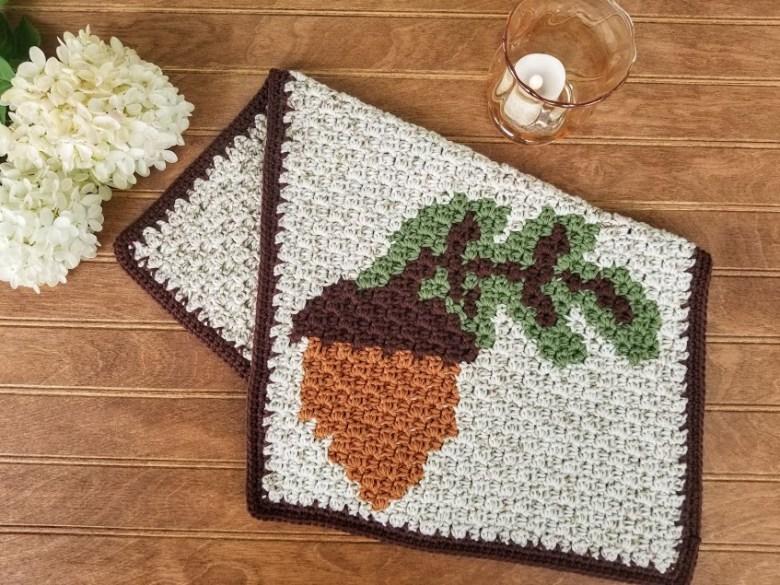 Acorn Hand Towel - Highland Hickory Designs - Free Crochet