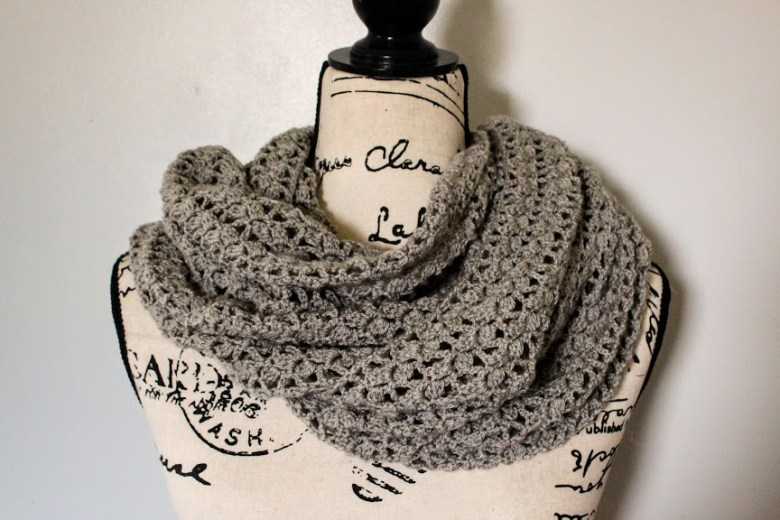 Dovetail Wrap on mannequin infinity scarf style