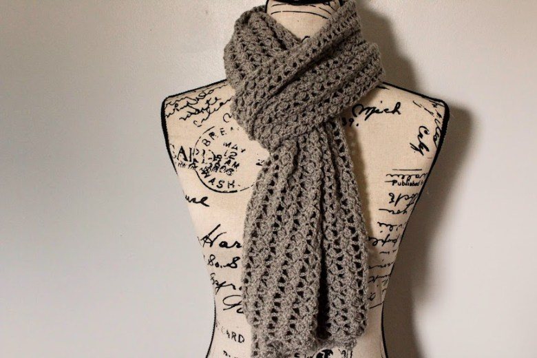 Dovetail Wrap on mannequin tied scarf