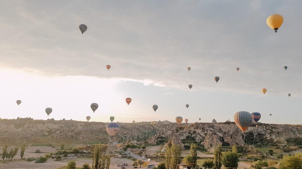 hot air balloon viewpoint