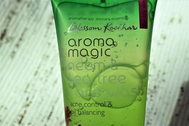 aroma magic neem & tea tree face wash (3)