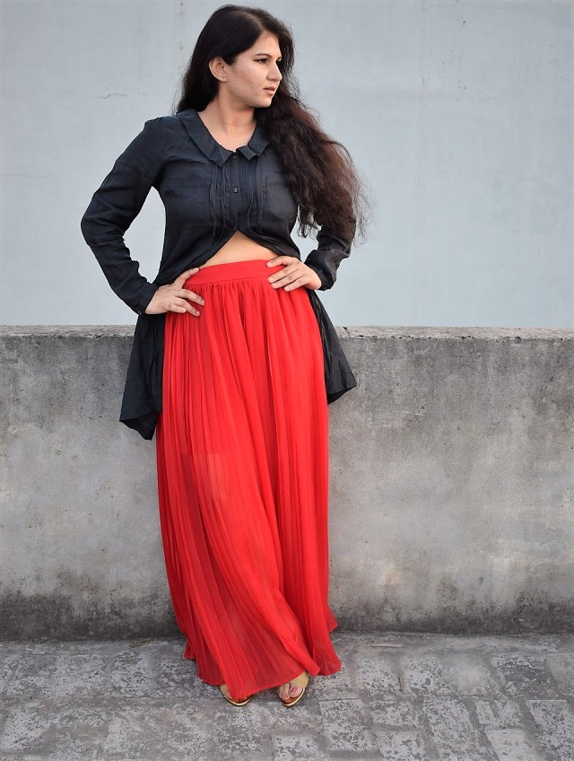 Black Shirt With Red Skirt Fusion (2)