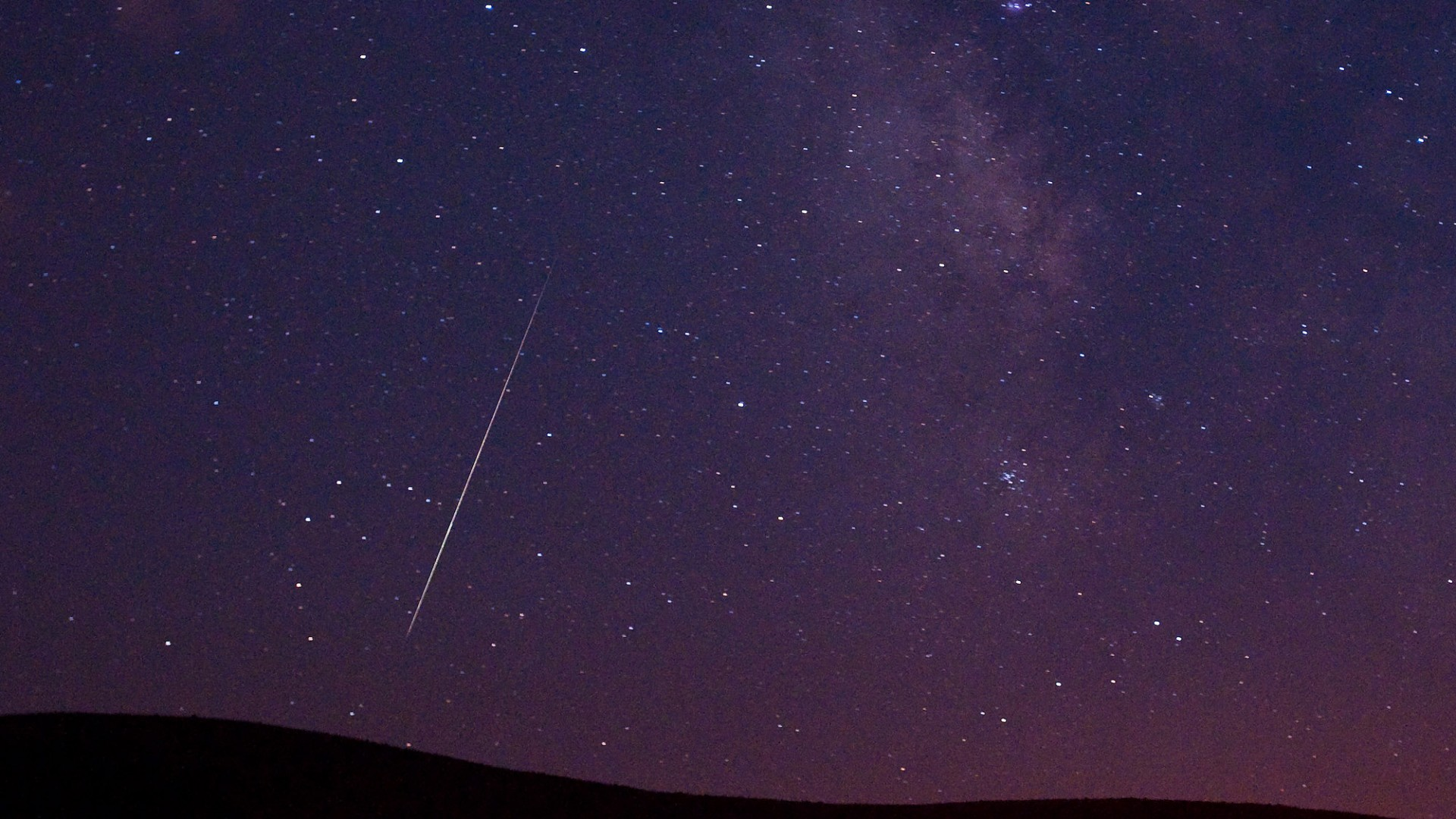How To Make Video Wallpaper Iphone X Perseids Meteor Shower Hd Wallpapers