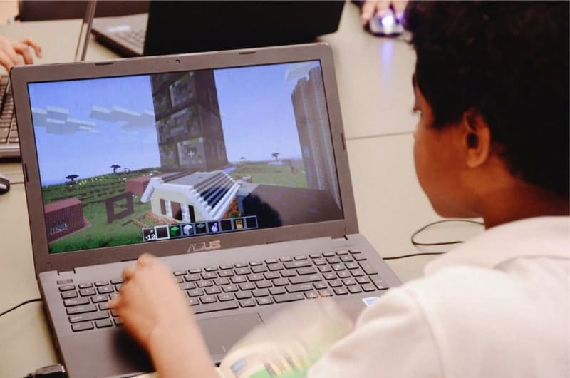 """Connected Camps """"Online Summer of Minecraft"""" - craft worlds"""