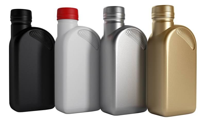 Car Winter Tips - engine oil