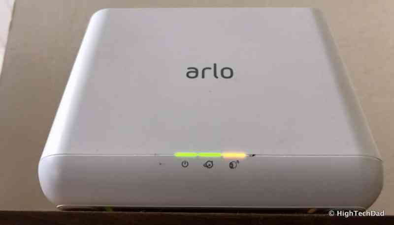 HTD NETGEAR Arlo Pro 2 - base station lights