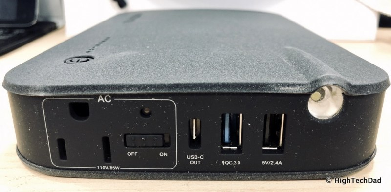 Naztech VOLT Power Station review - power ports