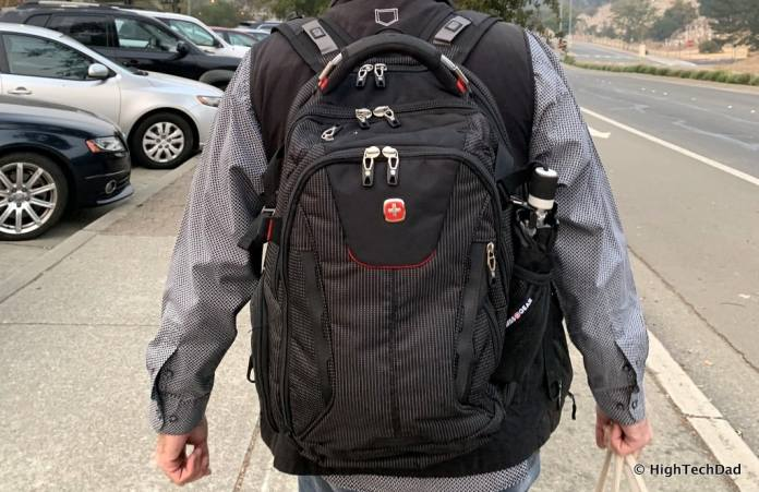 HighTechDad Swissgear 5358 USB ScanSmart Backpack Review - on back
