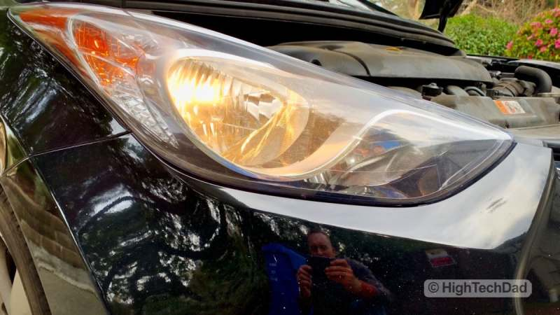 HighTechDad - How To Replace Headlight bulbs on 2013 Hyundai Elantra - bulb replaced